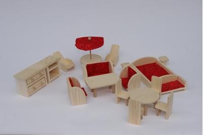 Obrázek z Dřevěný nábytek pro panenky