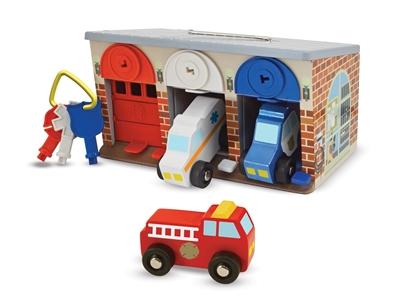 Obrázek z Melissa & Doug Dřevěná záchranářská garáž se zámky
