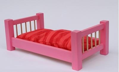Obrázek z Dřevěná postýlka pro panenky 55 cm barevná